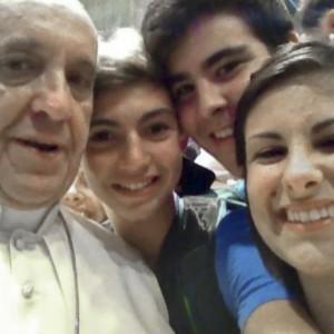 Papa Francisco esteve em uma Selfie.